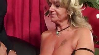 néni és anya szex